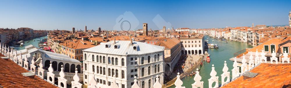 Ausblick über die Dächer von Venedig