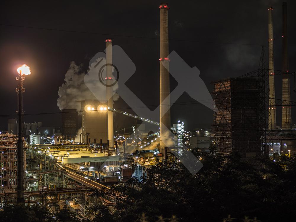 Blick vom Alsumer Berg auf die Kokerei Schwelgern in Duisburg