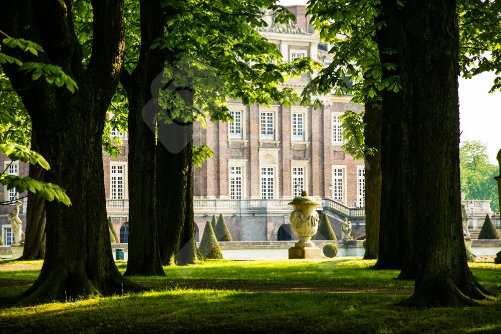 Die faszinierende Parkanlage vom Schloss